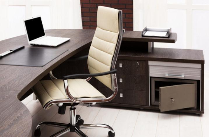 3 tipy, ako si zorganizovať pracovný stôl