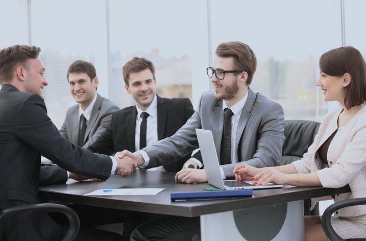 Angel investori, venture kapitalisti a private equity investori. Aký je medzi nimi rozdiel?