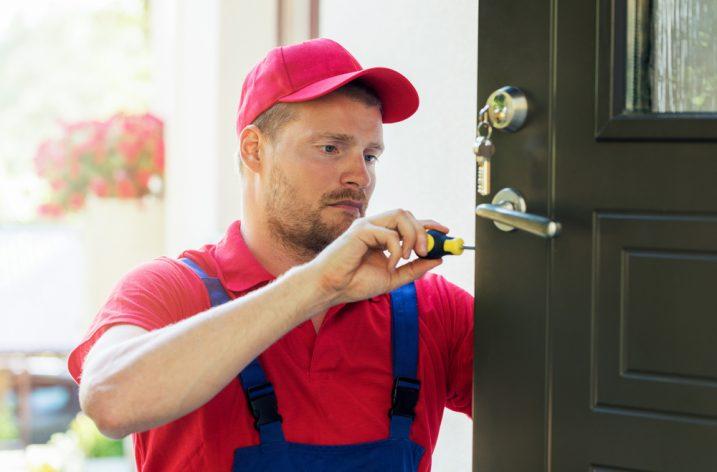 Starostlivosť o plastové vchodové dvere