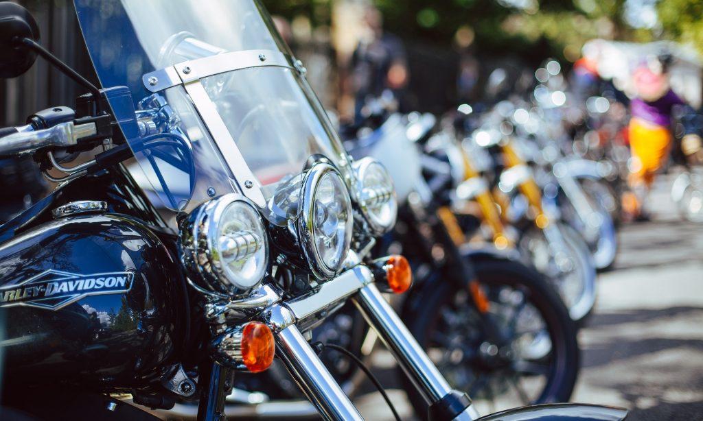Poistenie pre motorkárov: Ktoré sa naozaj oplatí?