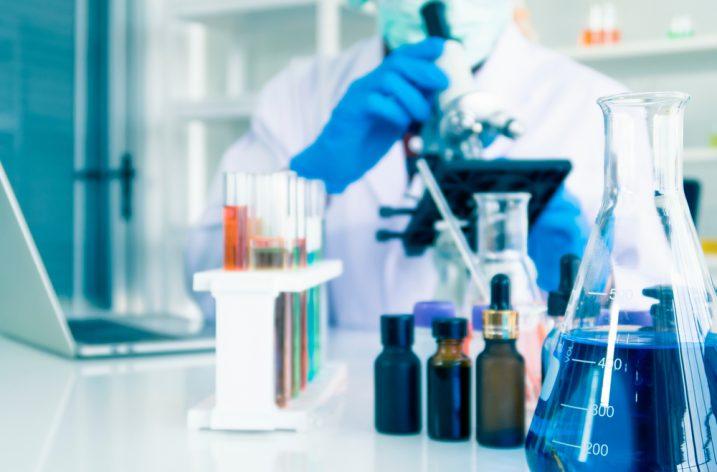 Nákup chemikálií nielen pre laboratórne využitie
