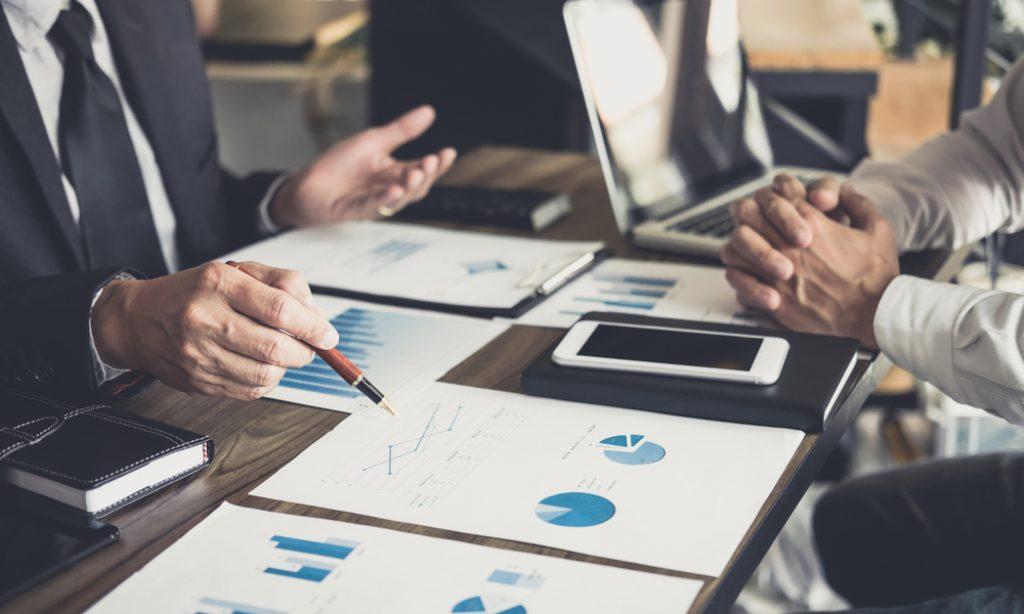 Investičné rady na rok 2021 – čo radia profesionálni obchodníci?